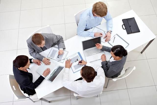crear ambiente posibilidad trabajar en equipo ayudar