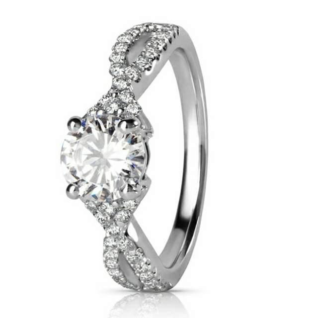 anillo noviazgo diamante