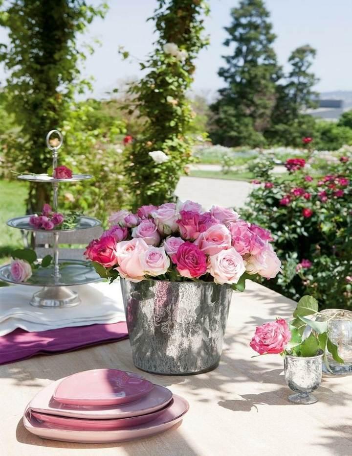 arreglos florales unos decoración magnífica con rosas