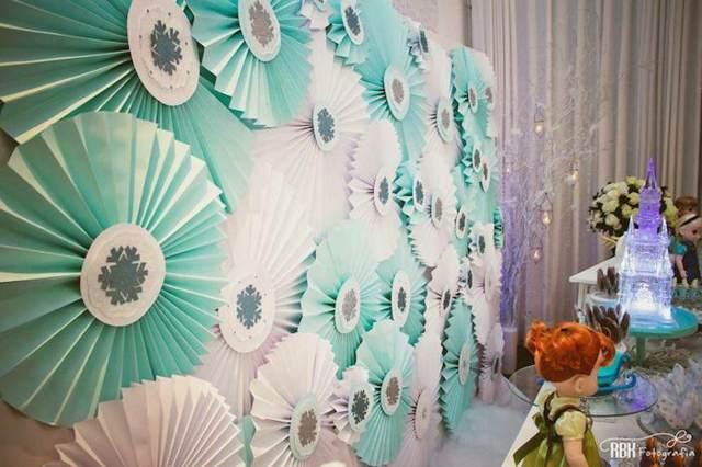 Aventura congelada con decoración de color azul blanco