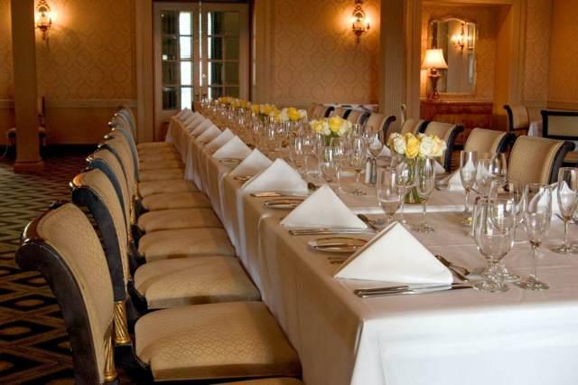 banquete-mesas-decoracion
