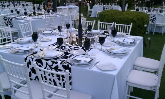 banquetes decoración mesas cuadradas