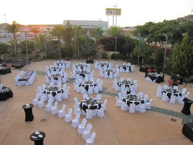 banquetes mesas redondas una decoración