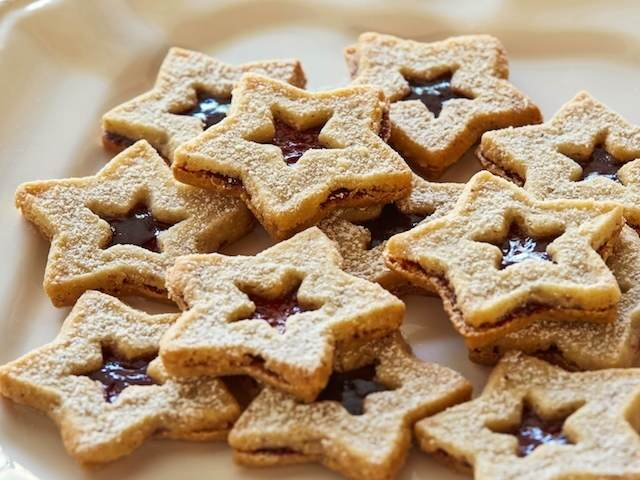 bocadillo de galletas formas diferentes estrellas relleno