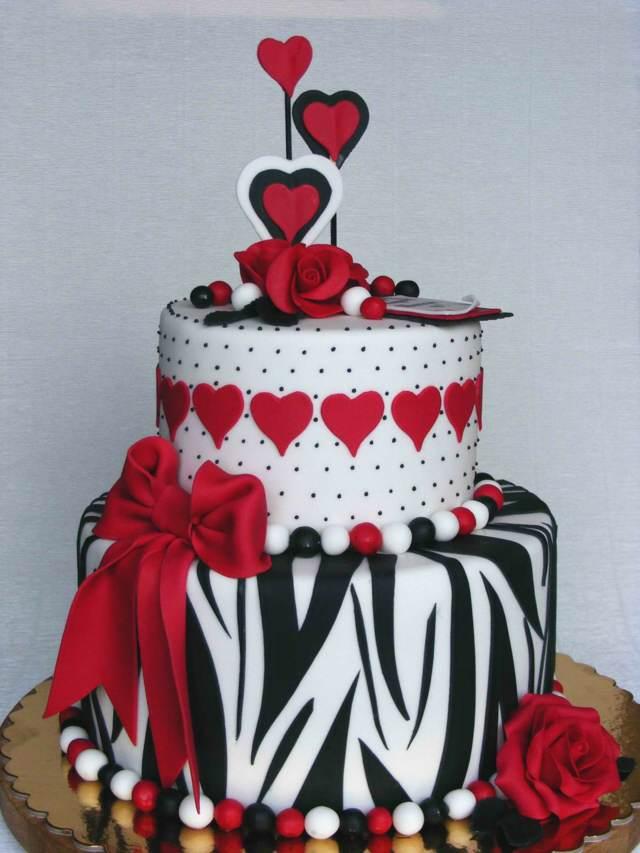 bolos de aniversario colores blanco negro rojo
