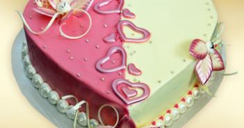 bolos-de-aniversario-forma-de-corazon