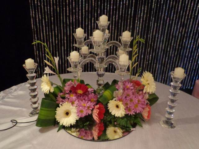 centros de mesa unos candelabros cristales bodas