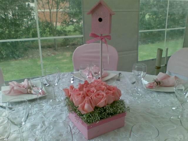 centro de mesa fiesta bautizo color rosa