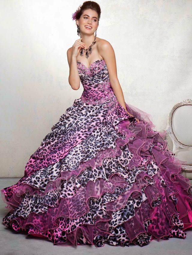 combinación extravagante diseño de leopardo color orquídea radiante moda