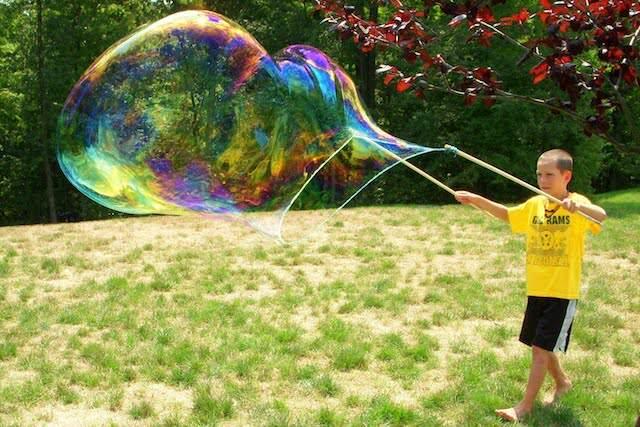 competición burbujas quién hacer más grande