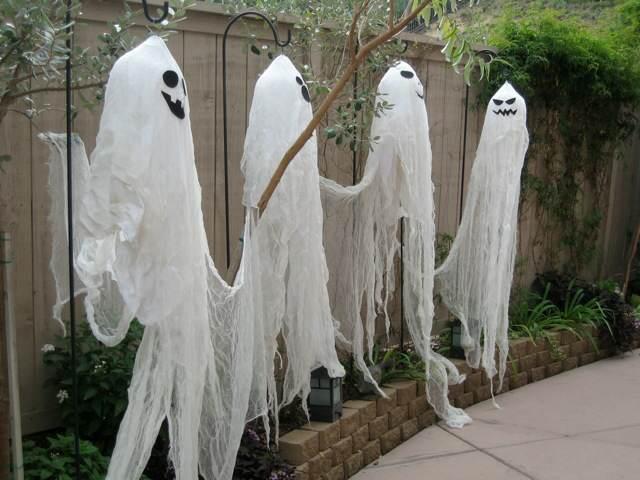 cuatro fastasmas halloween una fiesta