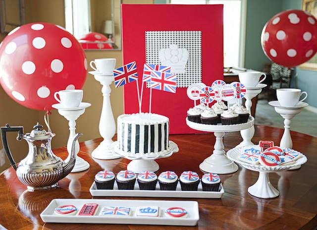 cumpleaños infantiles fiesta tema Londres colores rojo blanco