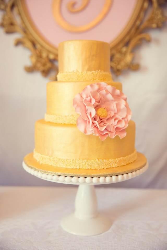 decoración de bautizo pastel fantástico de color de oro y de rosa