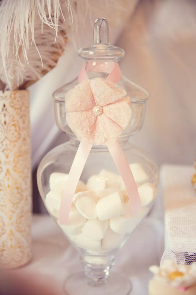 bautizo ideas en color beige rosa blanco
