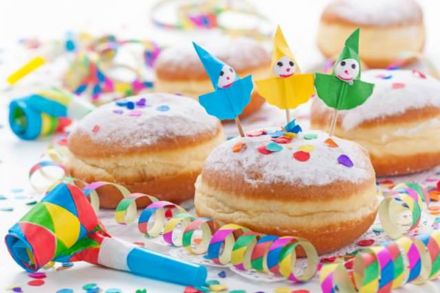 una decoración para fiestas infantiles dulces