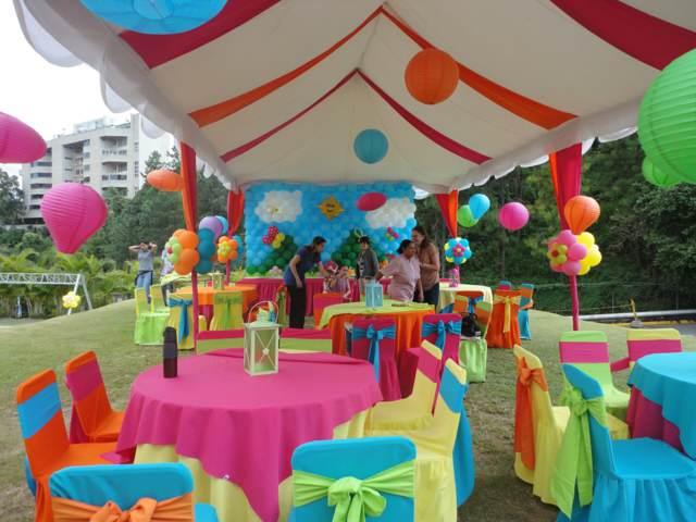 decoración fiestas infantiles idea preiciosa  unos colores diferentes