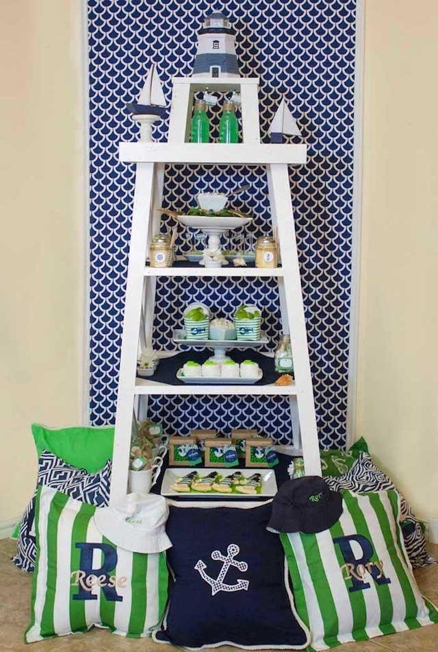 decoracion-faro-grande-colores-azul-blanco-verde
