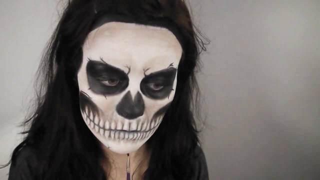 disfraces para Halloween esqueleto un maquillaje temático
