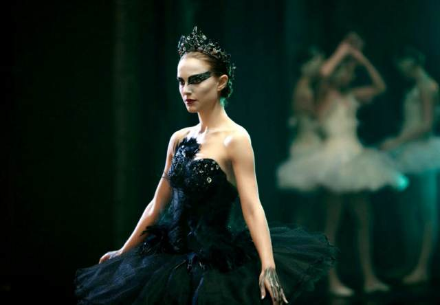 disfraces para Halloween cisne negro maquillaje temático
