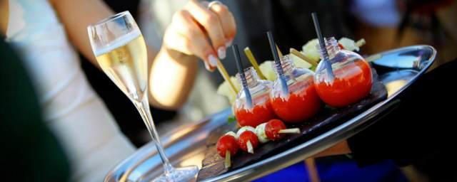 empresa evento catering tomates y vino