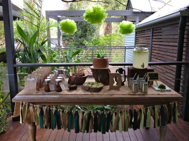estilo campo decoración mesa comida bebida color marrón