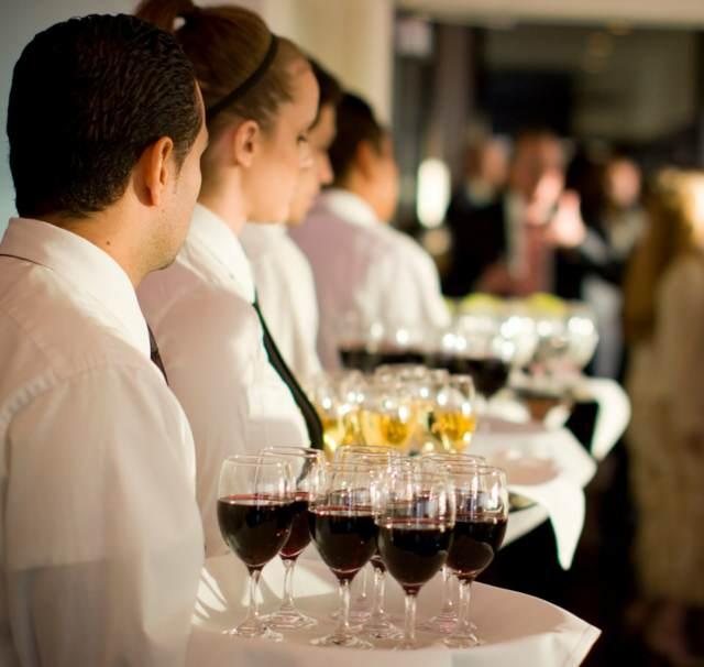eventos corporativos catering camareros