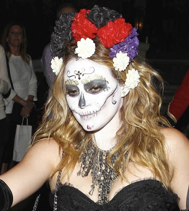 fiesta de halloween interesante maquillaje disfraz