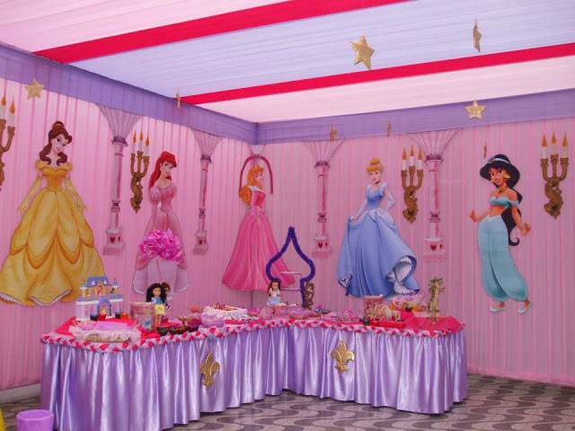 fiestas infantiles princesas castillos una decoración temática