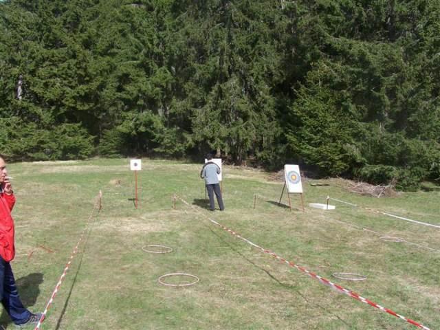 juego al aire libre tiro al blanco