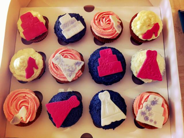 menú cupcakes decoración interesante despedida de soltera