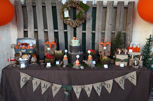 mesa decorada estilo rústico troncos detalles campo