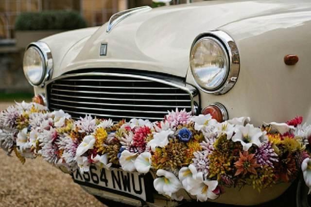 organización boda coches con decoración