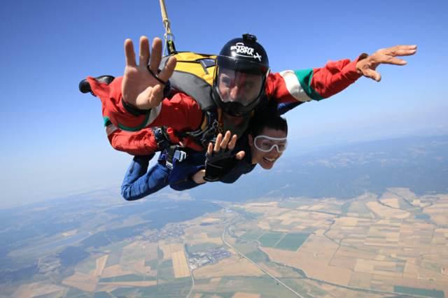 paracaidismo un regalo aniversario idea original
