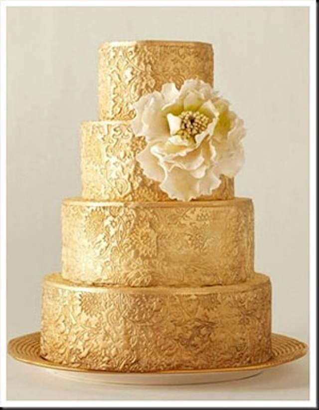 pastel de boda estilo vintage color de oro
