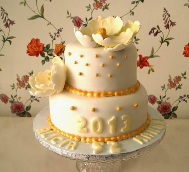pastel aniversario chocolate blanco decoración