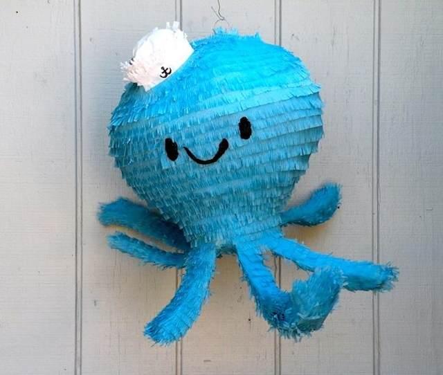 piñata pulpo azul dulce para bautizo niños