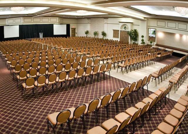 que es conferencia sala profesional grande para organizar eventos