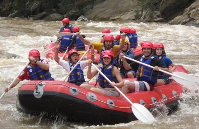 rafting team building extremo equipo ganador motivado