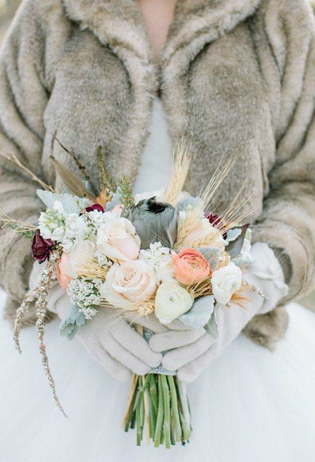 ramo de boda con flores inviernos estilo aluminio
