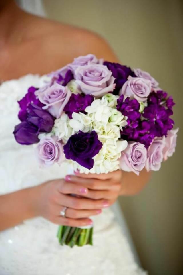 ramos de novia colores lila y blanco
