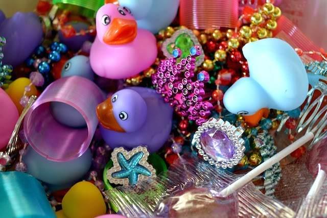 rellenos de piñata regalos pequeños para todos invitados