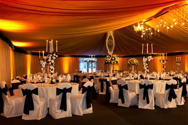 sala de eventos decoración elegante