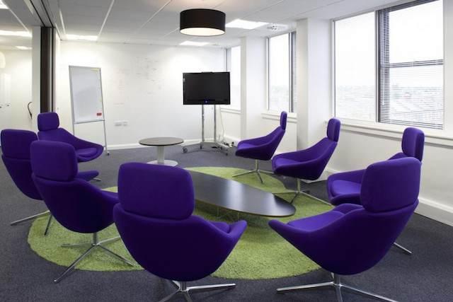 sala pequena para eventos estilo moderno hermoso