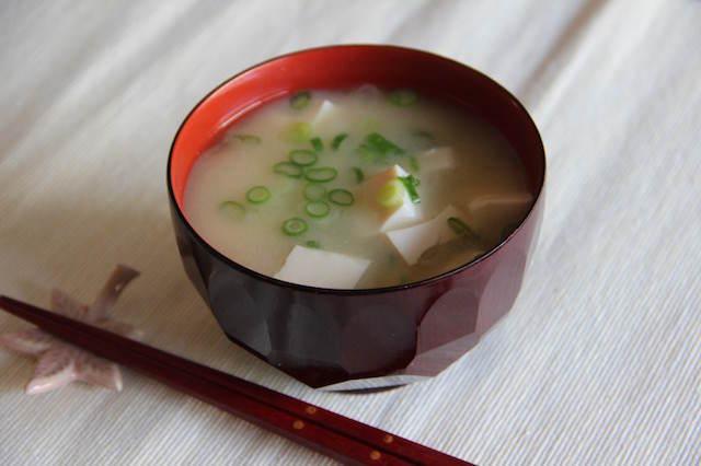 sopa de miso fiesta temática japonesa
