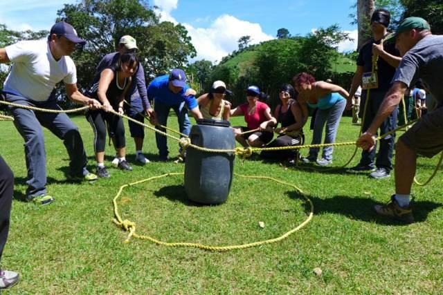 team building actividades al aire libre