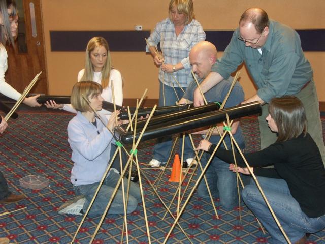 team building actividades en lugares de interior