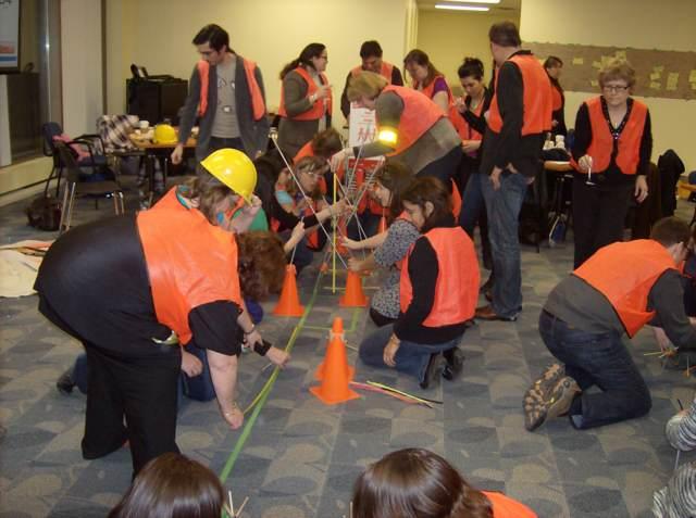 team building una sala actividades equipos