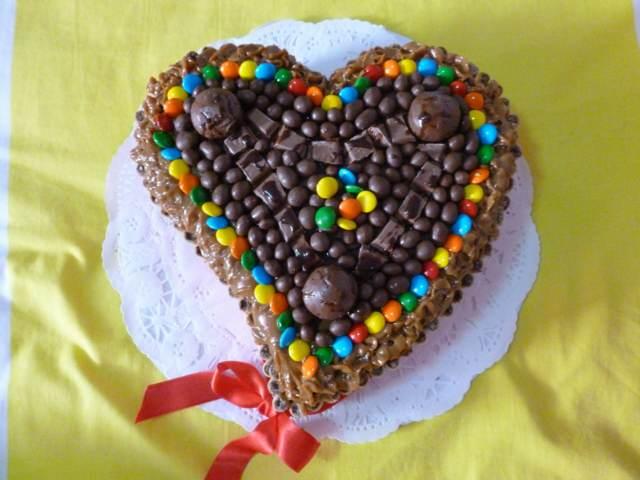 tortas decoradas unas golosinas