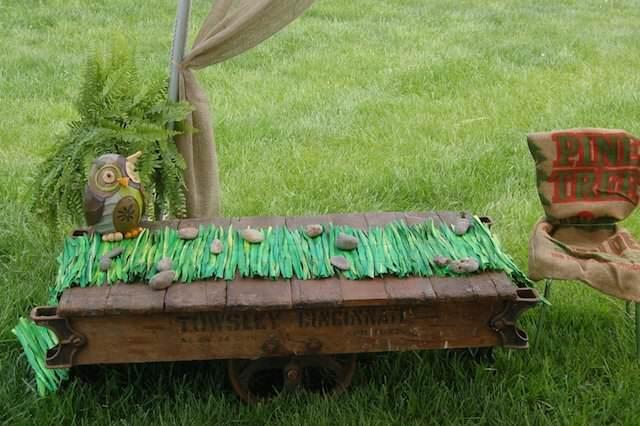variante diferente mesa decorada estilo campo búho