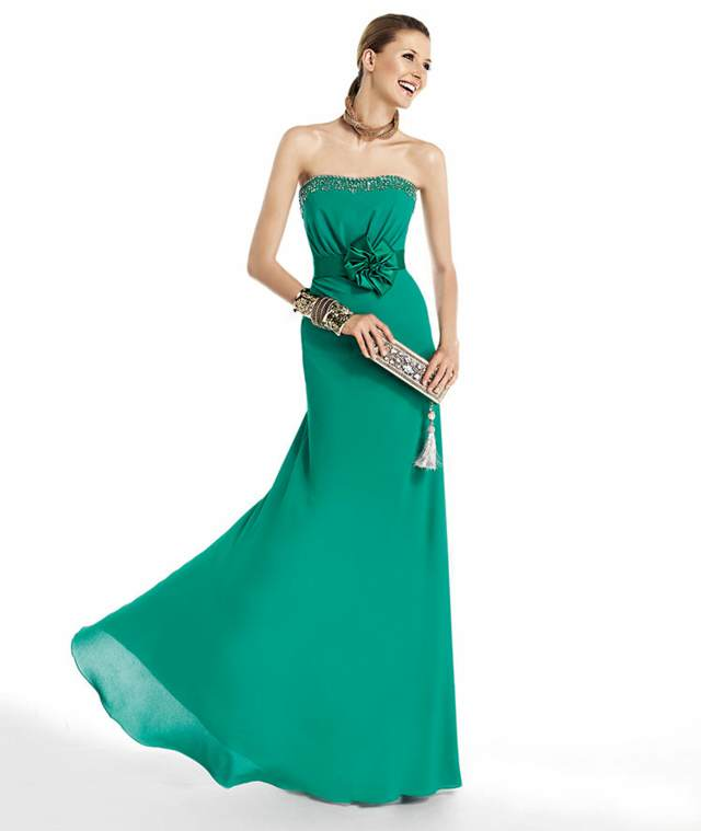 vestidos de  cóctel de color verde largo y mágnifico